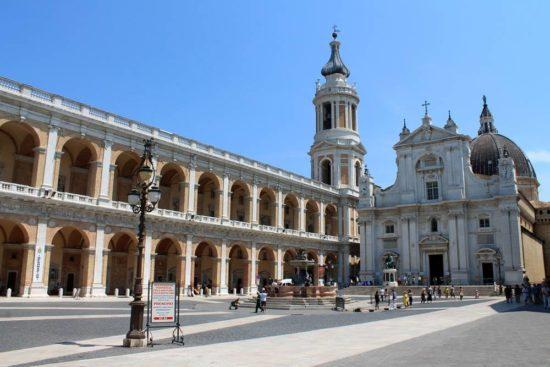 Italienische Pilgerstätten Collevalenza - Cascia - Manoppello - Pater Pio - Corato - Bari - Osimo - Loreto